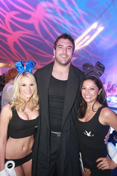 Eagles lineman Todd Herremans with Miss May 2007 Shannon James, of Bucks County and Miss August 2004 Pilar Lastra at the Playboy Golf Finals Pajama and Lingerie Party at the Playboy Mansion. (Photo: Nicole Chan)