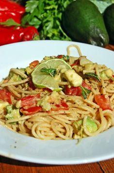 Avocado, Fresh Tomato, Garlic & Basil Sauce with Pasta