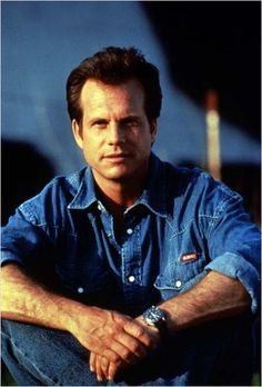 """William """"Bill"""" Paxton was born in Fort Worth on May 17, 1955. He is an Actor who has many films to his credit including A Simple Plan, Aliens, Apollo 13, Mighty Joe Young, Predator 2, Stripes, The Terminator, Titanic, Tombstone, True Lies, Twister, & Weird Science. From 1979 to 1980, Paxton was married to the Canadian-born actress, Kelly Rowan. Since May 12, 1987, Paxton has been married to Louise Newbury. They have two grown children."""
