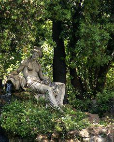 Rom, Villa Borghese, Nymphe beim Tempietto di Esculapio (nymph at the Temple of Asclepius) | da HEN-Magonza