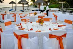 Why not have dinner on the beach after the ceremony? #DreamsPuertoAdventuras