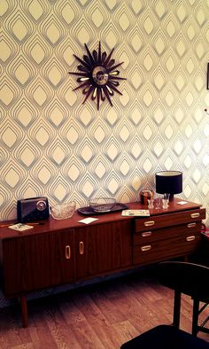 Self adhesive vinyl temporary removable wallpaper, wall decal - Ogee wall pattern- 074