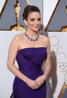 2016 Oscars #RedCarpet Accessories | Tina Fey in Bulgari necklace, earrings and…