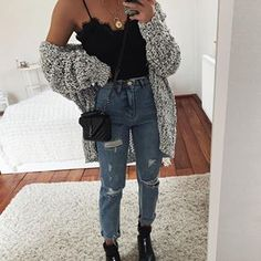 Casual Kleider für Frauen - what to wear with a grey knit cardi top bag rips boots Crop Top Outfits, Cute Casual Outfits, Jean Outfits, Fashion Outfits, Fashion Belts, Jeans Fashion, Club Outfits, Work Outfits, Casual Chic
