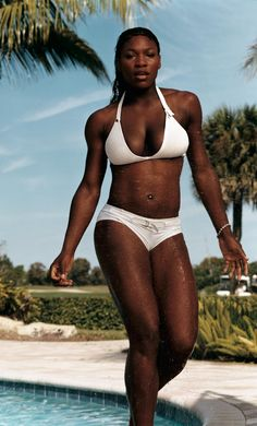 Serena Williams photographed by Annie Leibovitz, Vogue, April 2003.