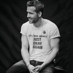 Trainer Who's Responsible For Ryan Reynolds' Deadpool Physique Just Revealed Some Of His Fitness Tips Deadpool Quotes, Deadpool Funny, Deadpool And Spiderman, Deadpool Movie, Deadpool Costume, Ryan Reynolds Haircut, Ryan Reynolds Style, Ryan Reynolds Deadpool, Comic Book Superheroes