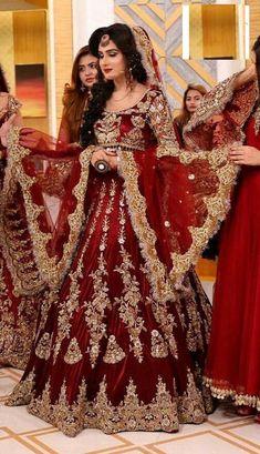 Asian Bridal Dresses, Bridal Mehndi Dresses, Pakistani Wedding Outfits, Indian Bridal Outfits, Bridal Dress Design, Pakistani Bridal Dresses, Pakistani Wedding Dresses, Pakistani Dress Design, Asian Wedding Dress