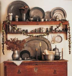 Beautiful pewter display especially the oval platter. . .man where can I shop to find this stuff????