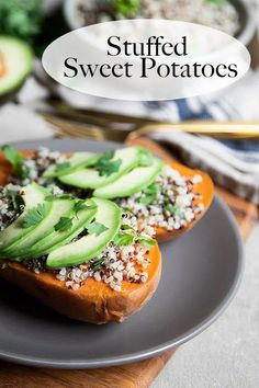 Hearty, healthy, and delicious, these quinoa stuffed sweet potatoes are a great dinner option everyone will love. Serve them as an entree or a side dish! Vegan dinner recipe with whole grains. Enjoy this meatless, plant-based dinner! Add some Mexican seasonings such as cumin, chili powder, and oregano for a twist! #lmrecipes Side Dishes Easy, Side Dish Recipes, Healthy Dinner Recipes, Great Recipes, Vegetarian Meals, Lunch Recipes, Delicious Recipes, Recipe Ideas, Tasty