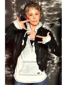 I just love Melissa McBride. She's so talented and beautiful Daryl And Carol, Melissa Mcbride, Golden Dog, The Walking Dead, Dog Tags, Good Morning, Actors & Actresses, It Cast, Instagram Posts
