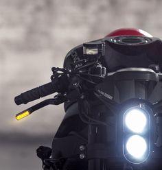 2015 | Honda CBR1000RR Black Kit by Huge MOTO | Source