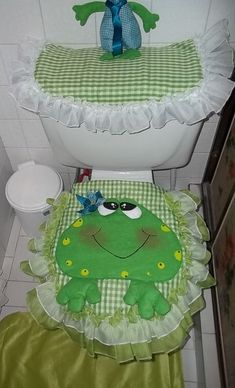 Result image for bathrooms frogs Sewing Crafts, Sewing Projects, Craft Projects, Projects To Try, Hobbies And Crafts, Diy And Crafts, Crafts For Kids, Bathroom Crafts, Bathroom Sets