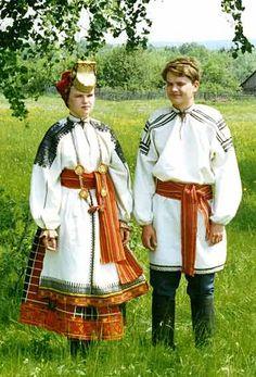 Мужской и женский свадебные костюмы. 1920-е гг. Воронежская губерния
