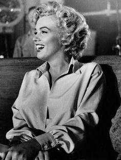 Marilyn Monroe Looking so Happy Here.