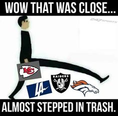 Football Jokes, Philadelphia Eagles Football, Nfl Football Teams, Funny Sports Memes, Sports Humor, Broncos Raiders, Chiefs Memes, Kansas City Chiefs Football