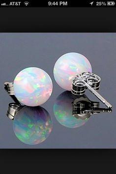 Love these opal earrings!