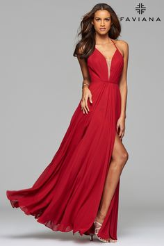 Chiffon v-neck evening dress with full skirt and lace-up back | Faviana Style 7747