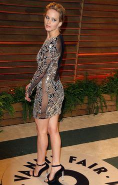 Jennifer Lawrence sexy et sans culotte à la soirée Vanity Fair après la 86 ème cérémonie des Oscars le 2 mars 2014