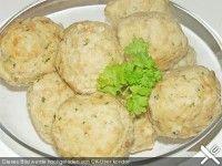 Receta de albondigas de pan (knoedel). CocinaParaHombres.com