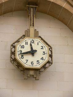 East Station Clock, Place du 11 Novembre 1918, Paris X www.justforclocks.com