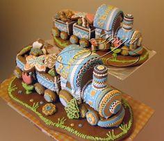 GINGERBREAD HOUSE~gingerbread train