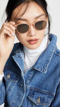 cc9ecb31396fb Quay Australia X Elle Ferguson Farrah Mint Sunglasses in 2019