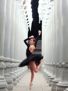 this makes me miss dancing----  Back On Pointe