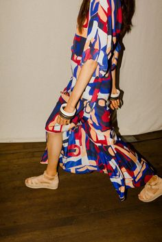After taking a trip into the psychedelic for her FW 2015 collection, Carin Rodebjer brought it back to earth for Spring 2016. We went backstage to chat with the designer on the occasion of her new collection.