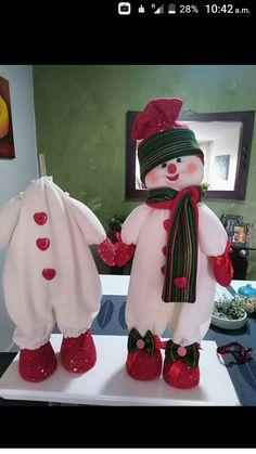 Christmas Post, Felt Christmas, Christmas Holidays, Snowman Crafts, Christmas Projects, Holiday Crafts, Christmas Door Decorations, Christmas Wreaths, Christmas Ornaments