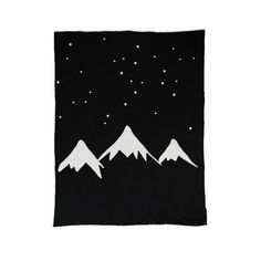 Mountains Blanket, White Fox and Co
