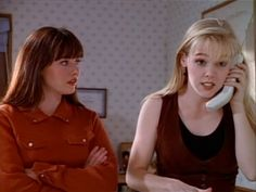 Beverly Hills 90210 - Brenda/Kelly Because we think they are both intelligent and one of a kind. Oh Beautiful, Beautiful Young Lady, 90210 Fashion, Jennie Garth, Shannen Doherty, Beverly Hills 90210, Female Fighter, Just Girl Things, 90s Fashion