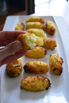 Croquettes de chou-fleur (Cauliflower Tots) - The Best Baby Recipes Cauliflower Tots, Cauliflower Recipes, Easy Vegetarian Lunch, Vegetarian Recipes, Healthy Recipes, Dinner Healthy, Easy Recipes, Healthy Protein Breakfast, Quiche Recipes