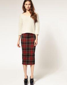 Silhouette stratégie : spécial jupe d'hiver   Lady, Minimal chic ...