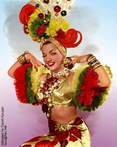 "Carmen Miranda - The Brazilian singer/comedienne/dancer known as ""The Lady with the Tutti Fruitti Hat"". Hooray For Hollywood, Hollywood Stars, Classic Hollywood, Old Hollywood, Hollywood Glamour, Carmen Miranda Costume, Havana Nights, Mardi Gras, Fancy Dress"