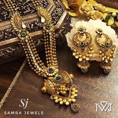 Jewelry Stores Near Me That Buy Watches this Jewellery Exchange Nelspruit than Jewellery Box Making Ideas through Contemporary Jewellery In Context even Online Jewellery Shopping Jaipur Antique Jewellery Designs, Gold Jewellery Design, Gold Jewelry, Jewellery Box, Jewellery Shops, Temple Jewellery, Jewelery, Jewelry Stores, Amrapali Jewellery