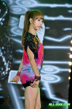 Fx Victoria stop it nosebleed urghhhhhhhhhh Victoria Fx, Victoria Song, Kpop Girl Groups, Korean Girl Groups, Kpop Girls, Ulzzang Fashion, Korean Fashion, Song Qian, Choi Jin