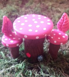 Fairy garden accessories. Miniature pink table. - pinned by pin4etsy.com