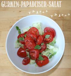Und noch einmal Paradeiser (Tomaten) bei Mara: dieses Mal mit Gurken als Salat!