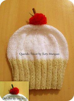 Gorro cupcake em tricô modelo cereja tamanho adulto-Encomenda
