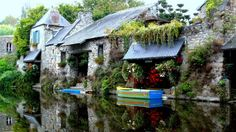 Cottage House on the River