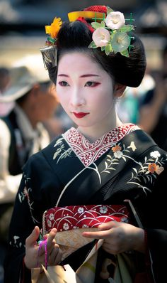 舞妓 maiko まめ菊 mamekiku (retired) 祇園甲部 KYOTO JAPAN