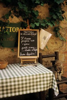 TITLE: Finicky Restaurant Patron MEDIUM: Fine Art Print PRINT SIZES: Note other sizes are available The image would be slightly cropped. Finicky restaurant patron outside a restaurant in Tuscany in San Quirico, Italy Italian Bistro, Italian Cafe, Italian Style, Italian Party, Pizzeria Trattoria, Trattoria Italiana, Italian Restaurant Decor, Restaurant Design, Toscana Italia
