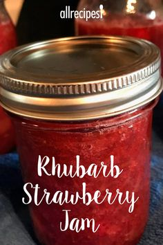 This rhubarb strawberry jam recipe is our favorite and so easy to make. Raspberry Rhubarb Jam, Strawberry Rhubarb Recipes, Rhubarb Jelly, Rhubarb Desserts, Strawberry Jam Recipe With Jello, Rhubarb Muffins, Rhubarb Freezer Jam, Rhubarb Freezing, Rhubarb Jam Recipes Canning