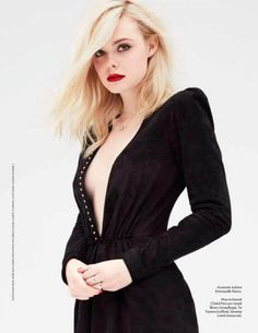 Actress Elle Fanning lands the October 2017 cover of ELLE France. Photographed by Dusan Reljin, the blonde beauty poses in a denim jacket and jeans from A. In the accompanying shoot, Elle wears elegant Fanning Sisters, Saint Laurent Dress, Dakota And Elle Fanning, Blonde Beauty, Celebs, Celebrities, Emma Watson, American Actress, Ideias Fashion
