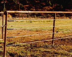 Galvanized Cable Fencing For Cattle And Horses Outside