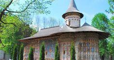Manastirea-Voronet1