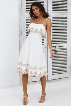 Our For My People Midi Dress makes us think of the warmer weather. Grad Dresses, Event Dresses, Cute Dresses, Beautiful Dresses, Casual Dresses, Fashion Dresses, Midi Dresses, Wedding Dresses, Classy Dress