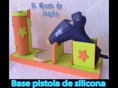 Cómo hacer la base para tu pistola de silicona caliente con goma eva y material para reciclar | Manualidades