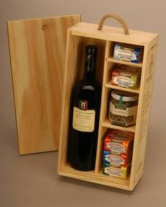 Get The Most Out Of Your Christmas Corporate Gifts – Gift Ideas Anywhere Wine Gift Boxes, Wine Gift Baskets, Wooden Gift Boxes, Wood Gifts, Wood Boxes, Diy Gifts, Basket Gift, Honey Packaging, Gift Packaging