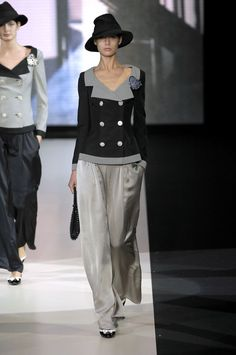 Giorgio Armani at Milan Fashion Week Spring 2007 - Runway PhotosYou can find Giorgio armani and more on our website.Giorgio Armani at Milan Fashion Week Spring 2007 - . Milan Fashion Weeks, Fashion 2020, Look Fashion, Trendy Fashion, High Fashion, Autumn Fashion, Fashion Outfits, Womens Fashion, Fashion Design